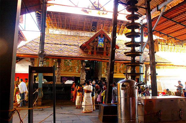 Krishna Devotee Pilgrimages - Guruvayoor