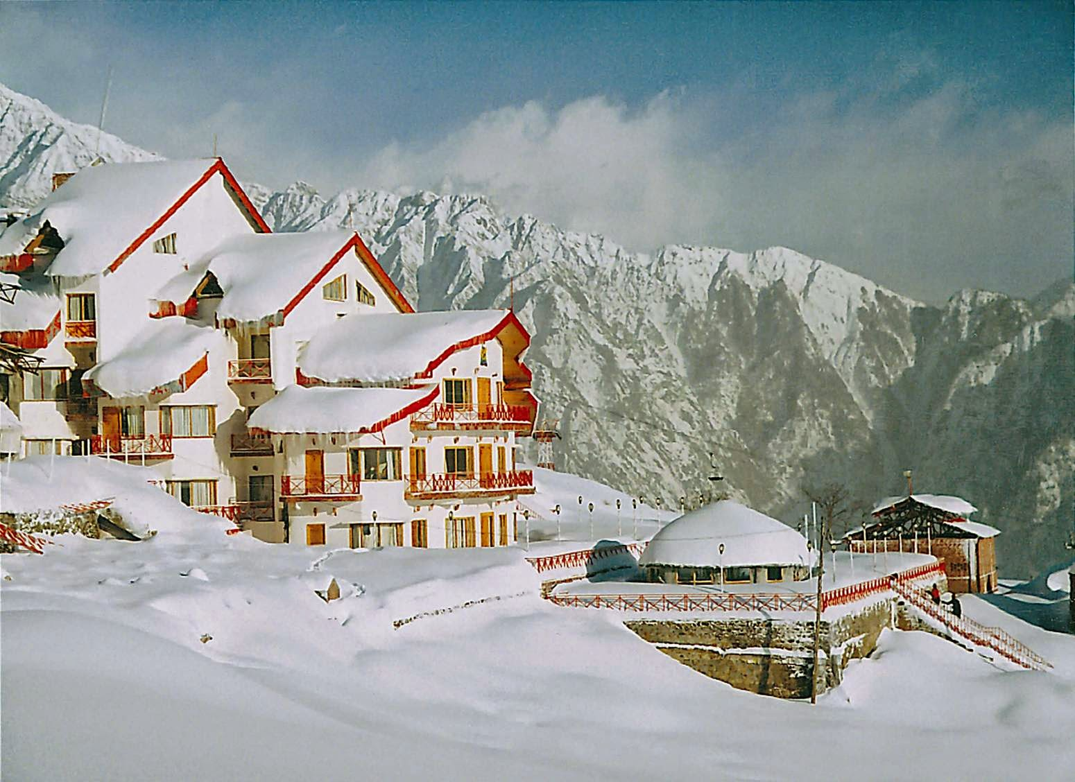 Romantic Weekend Getaways - Auli