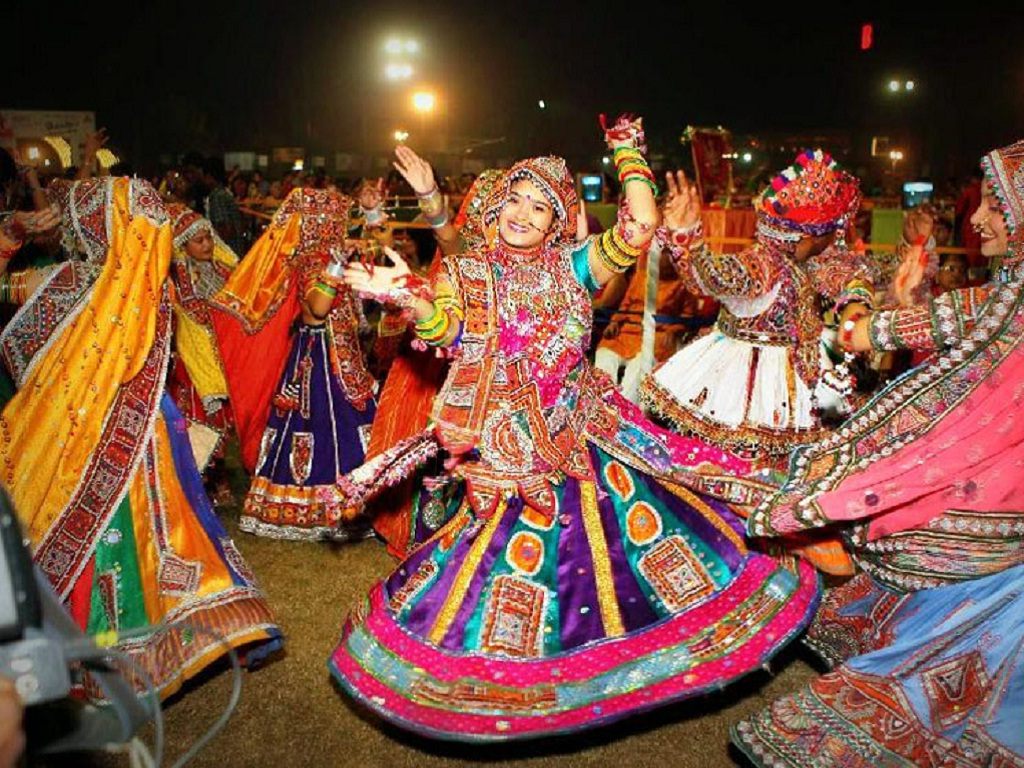 Indian Festivals - Gujarat Navratri1
