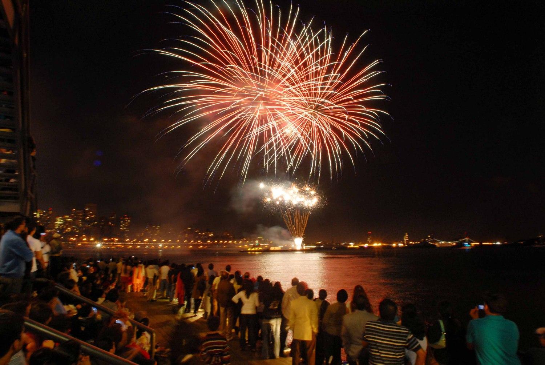 Indian Festivals - Varanasi Diwali2