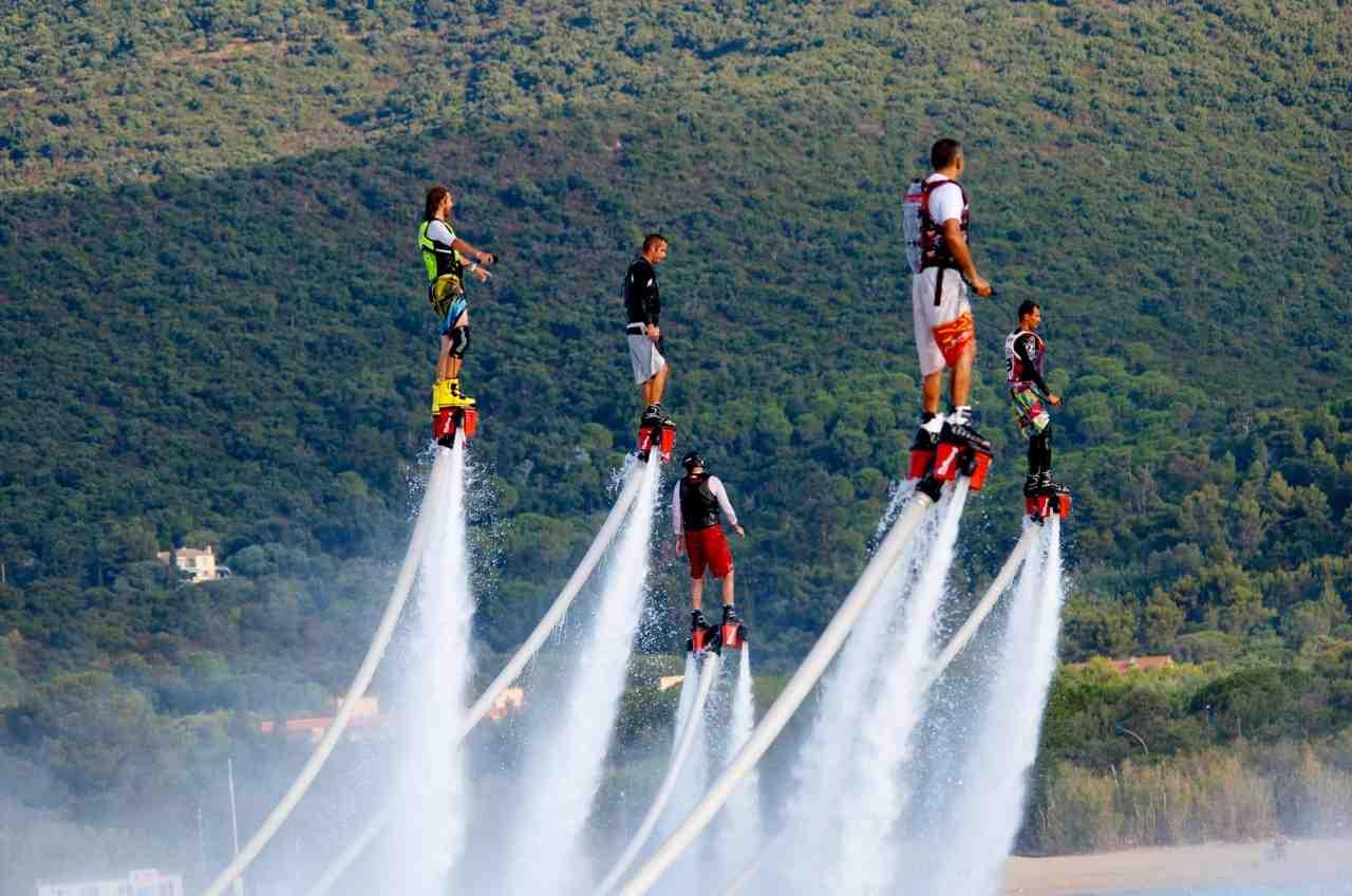Oxbold flyboarding
